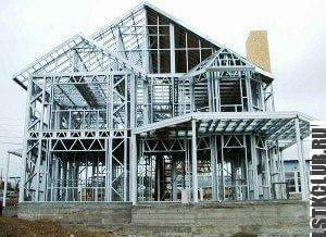 Фото дома из ЛСТК - типовой проект каркаса коттеджа