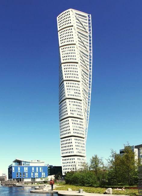 Швеция. Многоэтажное здание из ЛМК.