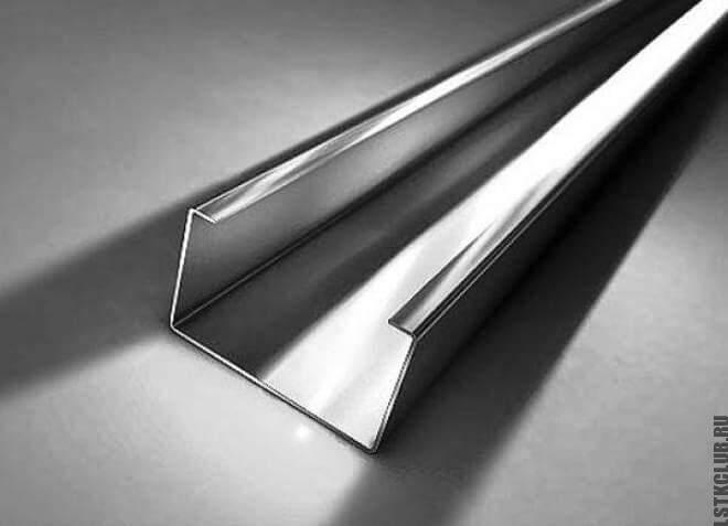 С-образный стальной профиль из ЛСТК