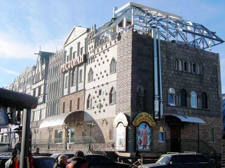 Надстройка мансарды в многоэтажном здании из ЛСТК