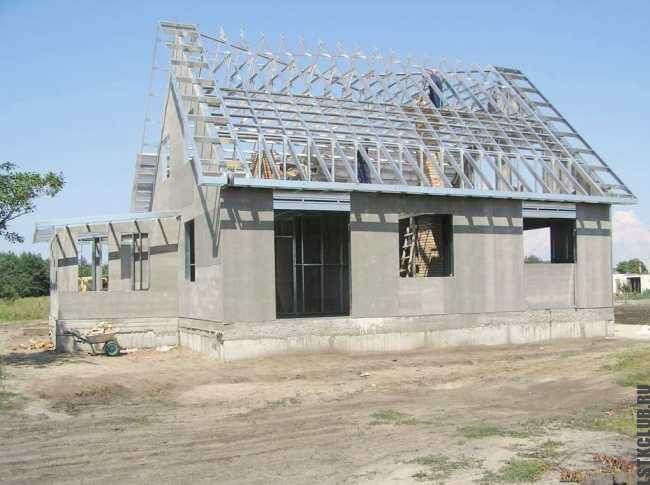 Сочетание традиционного и быстровозводимого строительства