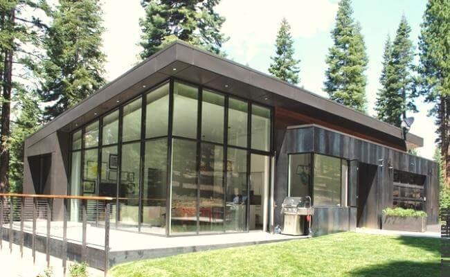 Пример жилого дома построенного из ЛМК