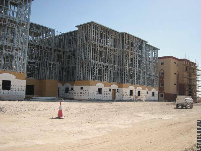 Каркас трехэтажного жилого комплекса из профиля ЛСТК и ЛМК