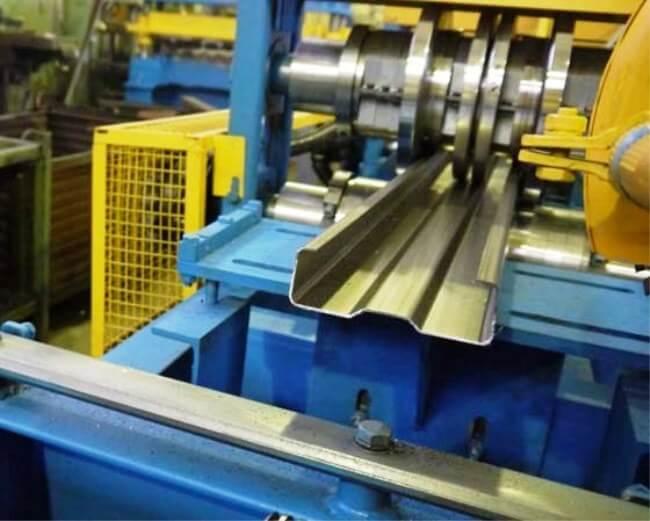 Производство ЛСТК профиля для тонкостенных металлоконструкций.